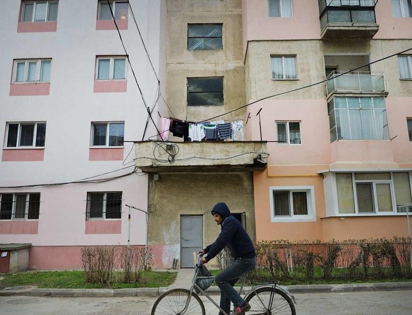 Wielu tematów w bułgarskich mediach się nie porusza, m.in. stanu infrastruktury w stolicy /AFP