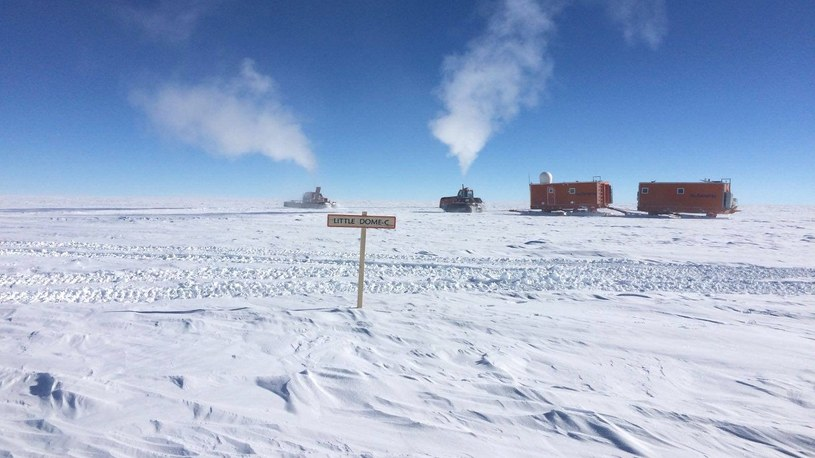 Wiemy już, jak głęboko znajduje się najstarszy lód na Antarktydzie /Geekweek