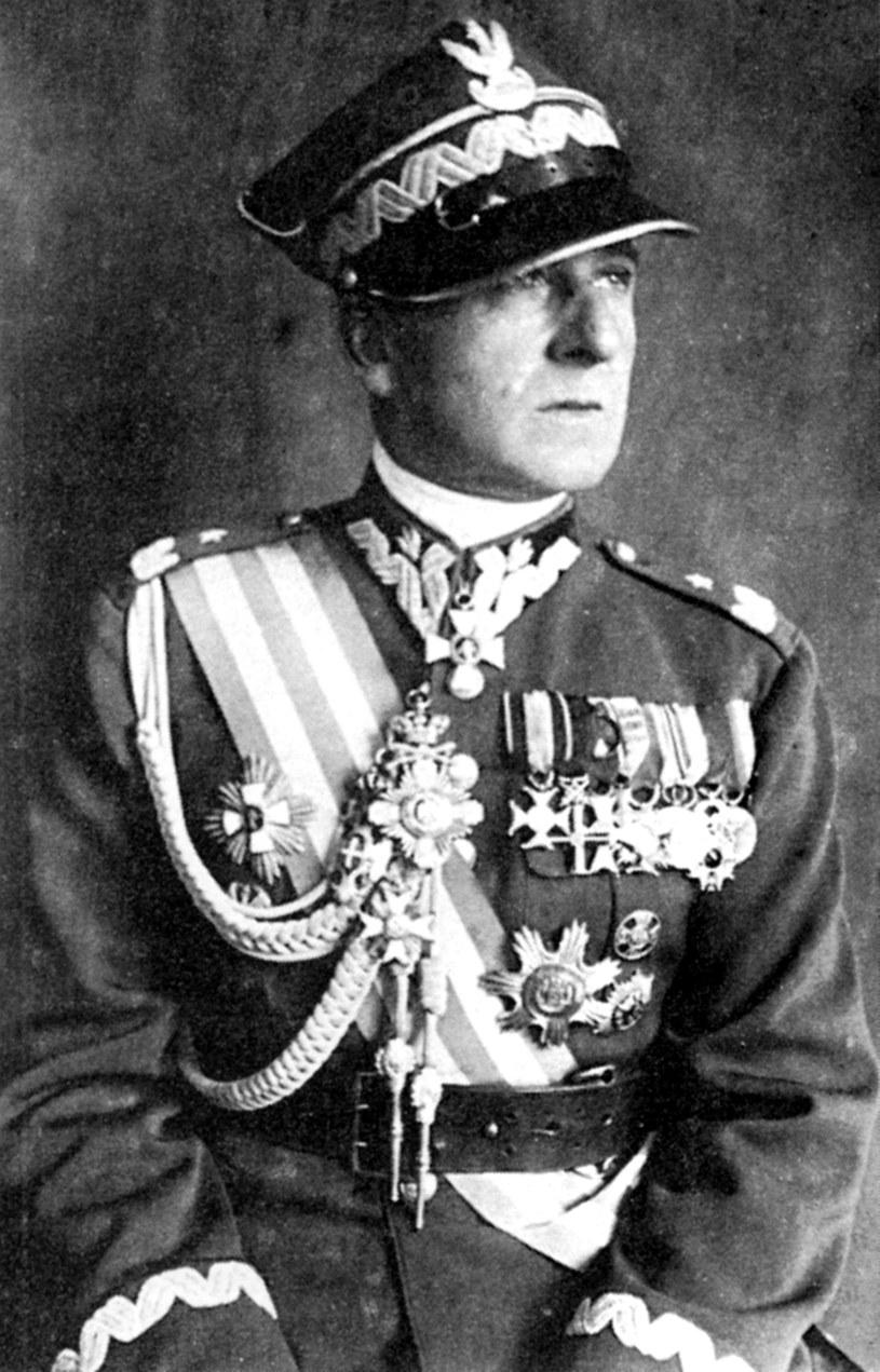 Wieniawa-Długoszowski już w niechcianym generalskim mundurze /East News