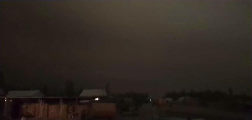 Wierchojańsk, około 8:00. Słońce po prostu nie pojawiło się na niebie /YouTube