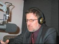 Wiesław Kacmarek w studiu radia RMF /RMF