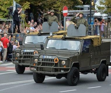 Wiesz, że twój samochód może zabrać wojsko?