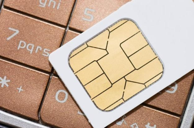 Wietnam chce wprowadzić podatek od sprzedawanych kart SIM /123RF/PICSEL