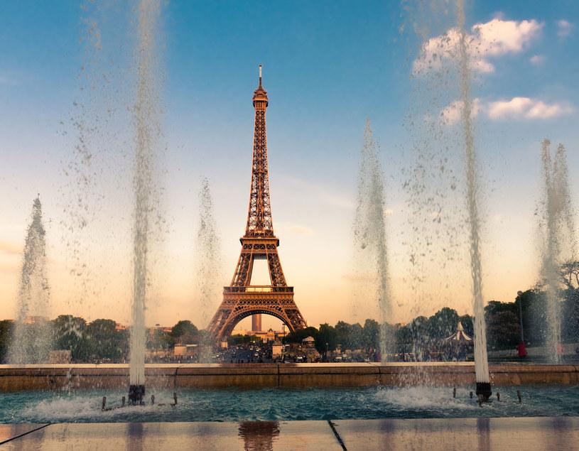 Wieża Eiffla - inżynieryjny cud stał się symbolem miasta /123RF/PICSEL