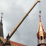 Wieża katedry runęła podczas pożaru. Postawiono nową