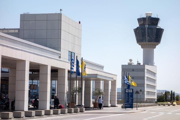 Wieża kontroli lotów w Atenach /©123RF/PICSEL