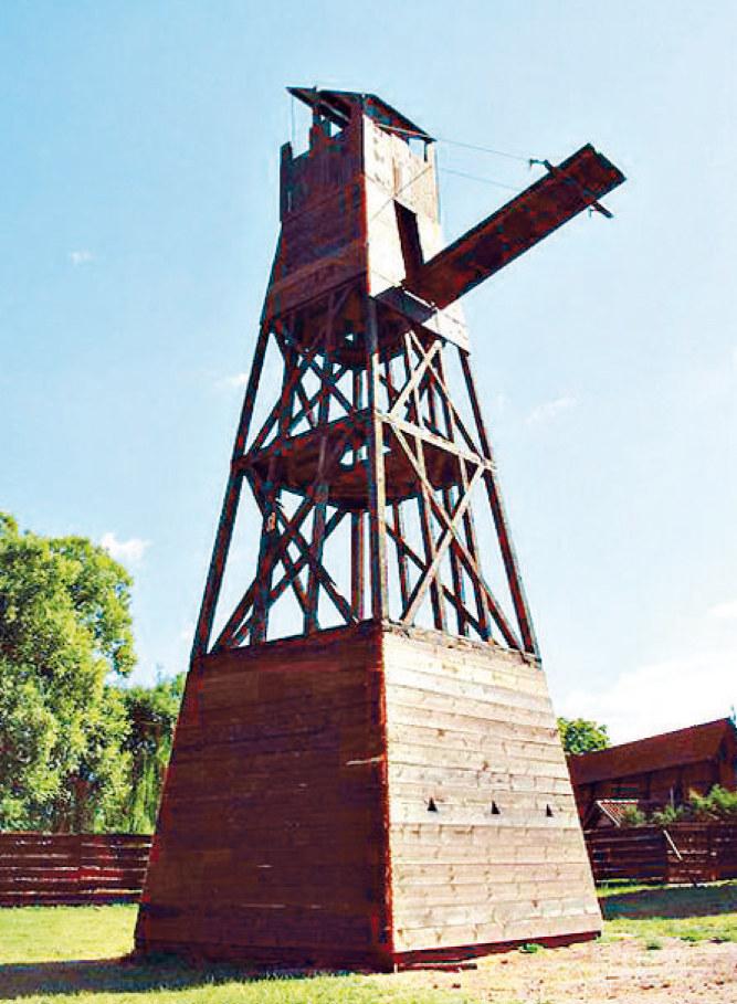 Wieża oblężnicza mogła mieć nawet 12 metrów wysokości /21 wiek