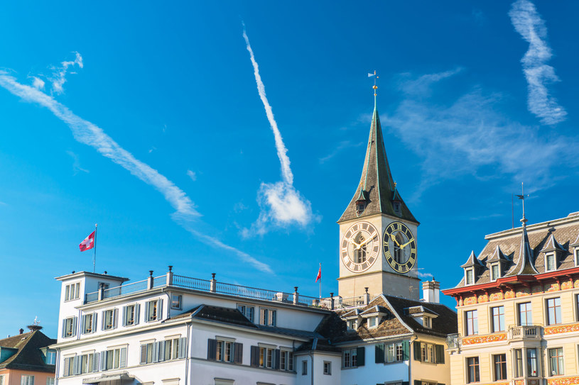 Wieża zegarowa w Zurychu /123RF/PICSEL