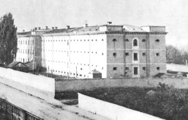 Więzienie na Pawiaku - w czasie II wojny światowej zamordowano tu tysiace Polaków /East News