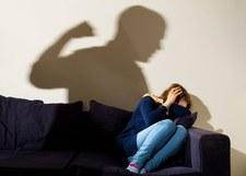 Więziona przez 6 dni i wielokrotnie gwałcona. Ruszył proces oprawców 28-latki