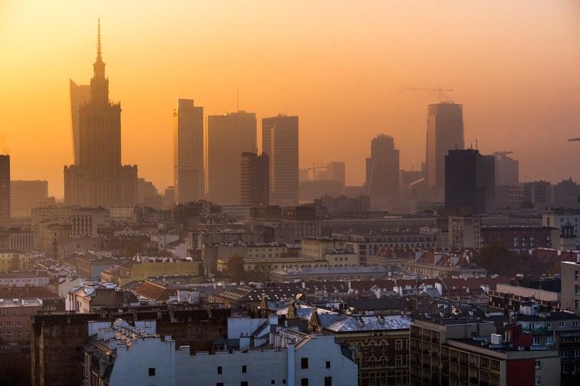 Wieżowce w centrum Warszawy /Bartosz Krupa /East News