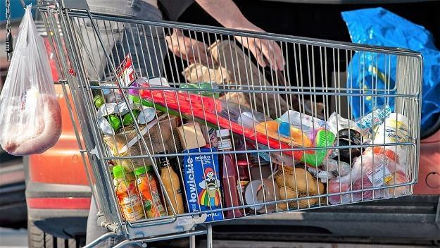 Wigilia w tym roku będzie droższa. Niektóre produkty mocno poszły w górę /MondayNews