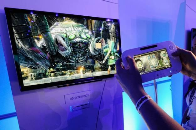 Wii U, czyli kontroler łączący tradycyjne funkcje z tabletem, pod telewizorem konsola właściwa /AFP