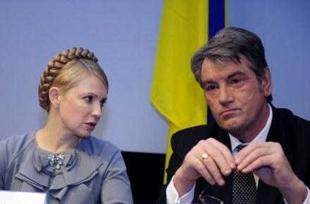 Wiktor Juszczenko  i Julia Tymoszenko /AFP
