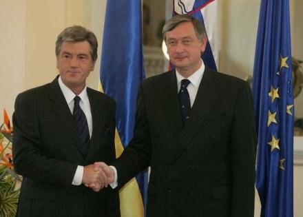Wiktor Juszczenko (z lewej) /INTERIA.PL/PAP