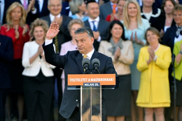 Wiktor Orban /Szilard Koszticsak /PAP/EPA