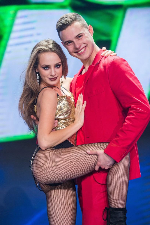 Wiktoria Gąsiewska i Adam Zdrójkowski, fot. Waldemar Kompala/TVP /East News