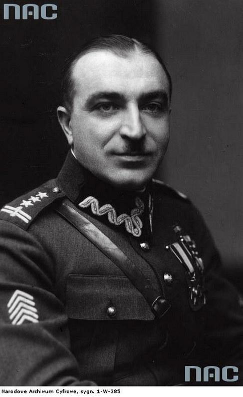 Wilhelm Orlik-Rückemann (w mundurze pułkownika, zdjęcia z lat 20. XX w.) /Ze zbiorów Narodowego Archiwum Cyfrowego