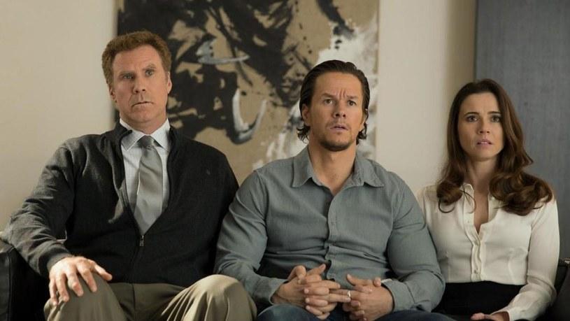 """Will Ferrell, Mark Wahlberg i Linda Cardellini w scenie z filmu """"Tata kontra tata"""" /materiały prasowe"""