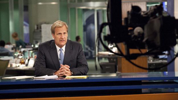 """Will McAvoy (Jeff Daniels) w serialu""""Newsroom"""". /materiały prasowe"""