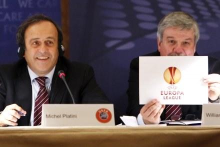 William Gaillard (z prawej) w towarzystwie prezydenta UEFA Michela Platiniego /AFP