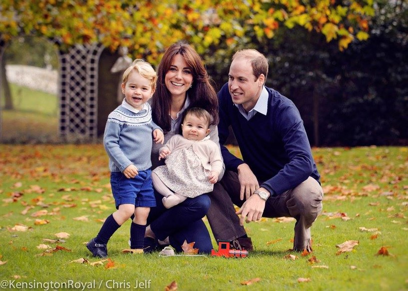 William, Kate, George i Charlotte/Pałac Kensington /Styl.pl/materiały prasowe