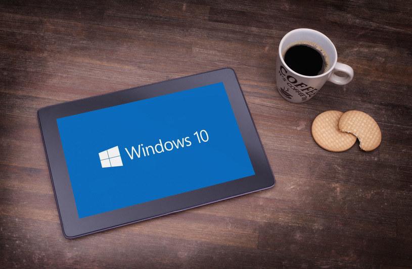 Windows 10 okazał się być dużym sukcesem dla Microsoftu /123RF/PICSEL
