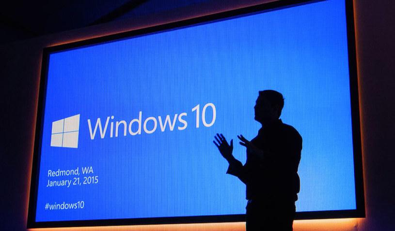 Windows 10 z nową aktualizacją /123RF/PICSEL