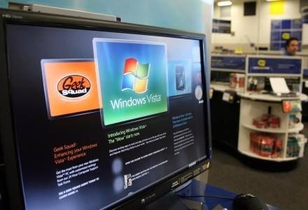 Windows Vista w sklepie amerykańskiej sieci Best Buy tuż przed premierą /AFP