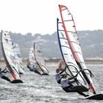 Windsurfing to woda, wiatr i człowiek