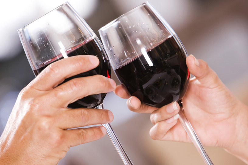 wino czerwone /© Photogenica