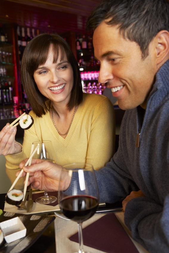 wino w restauracji /© Photogenica