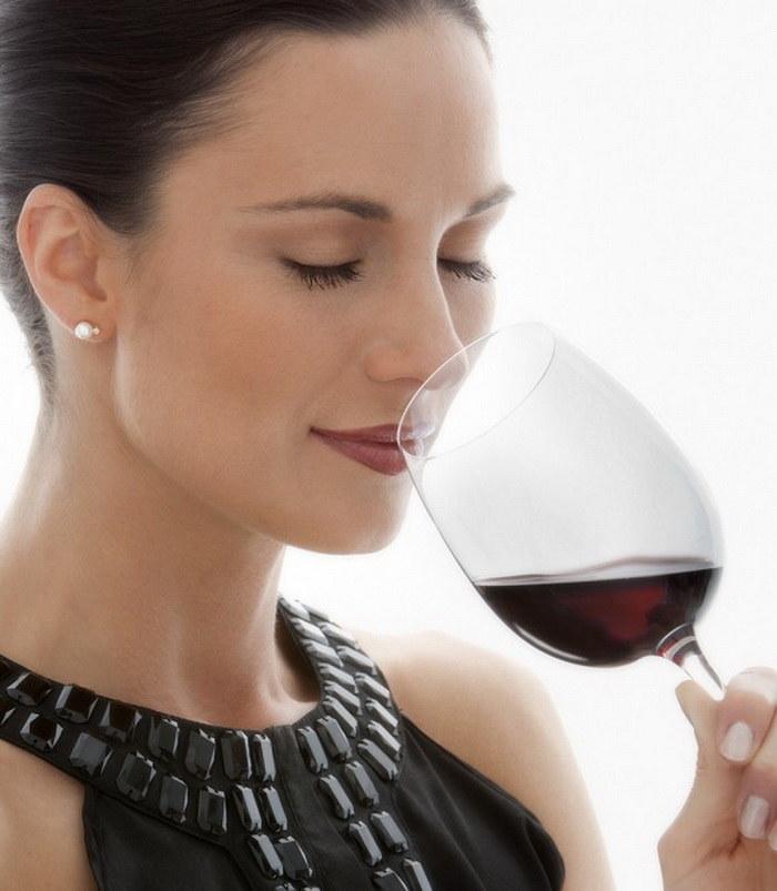Wino właściwości zdrowotne /© Photogenica