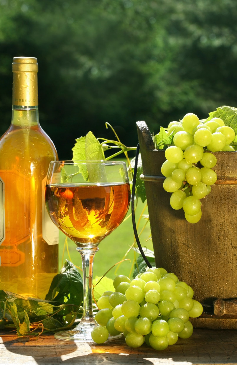 wino wspomaga serce /© Photogenica