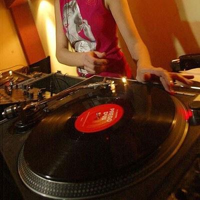 Winyle powróciły dzięki DJ-om - fot. Wojciech Grzędziński /Agencja SE/East News