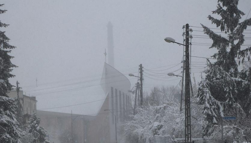 Wiosenny atak zimy w Myszkowie