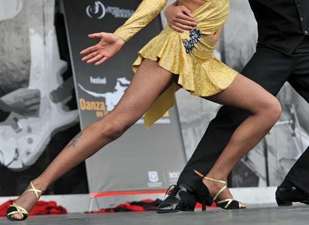 Wiosna to dobry moment na rozpoczęcie nauki tańca /AFP