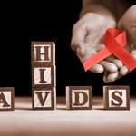 Wirus HIV wycięty z ludzkiego DNA