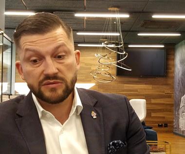 Wisła Kraków. Prezes Dawid Błaszczykowski o transferach. Wideo