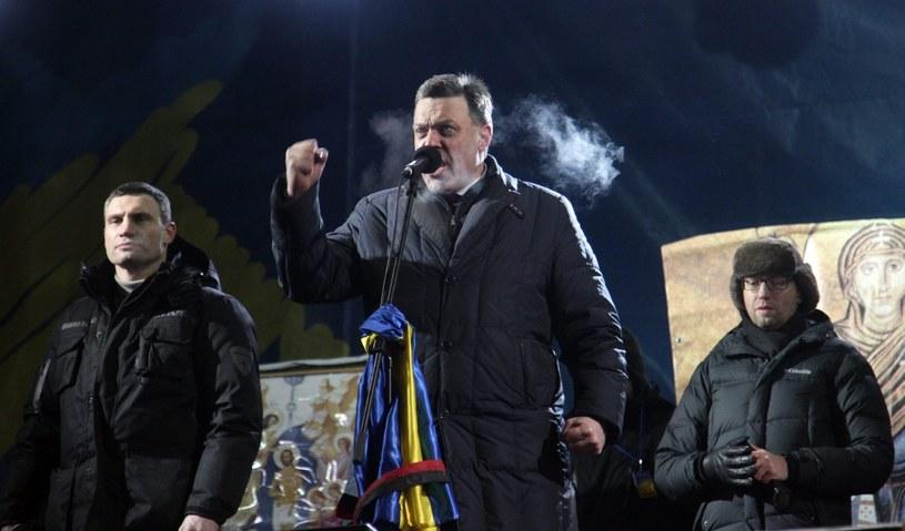 Witalij Kliczko, Ołeh Tiahnybok i Arsenij Jaceniuk /PAP/EPA