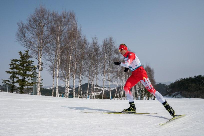 Witold Skupień na trasie biegu na 20 km w Pjongczangu /PAP/EPA