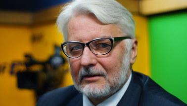 """Witold Waszczykowski o """"czarnym proteście"""" kobiet: Niech się bawią!"""