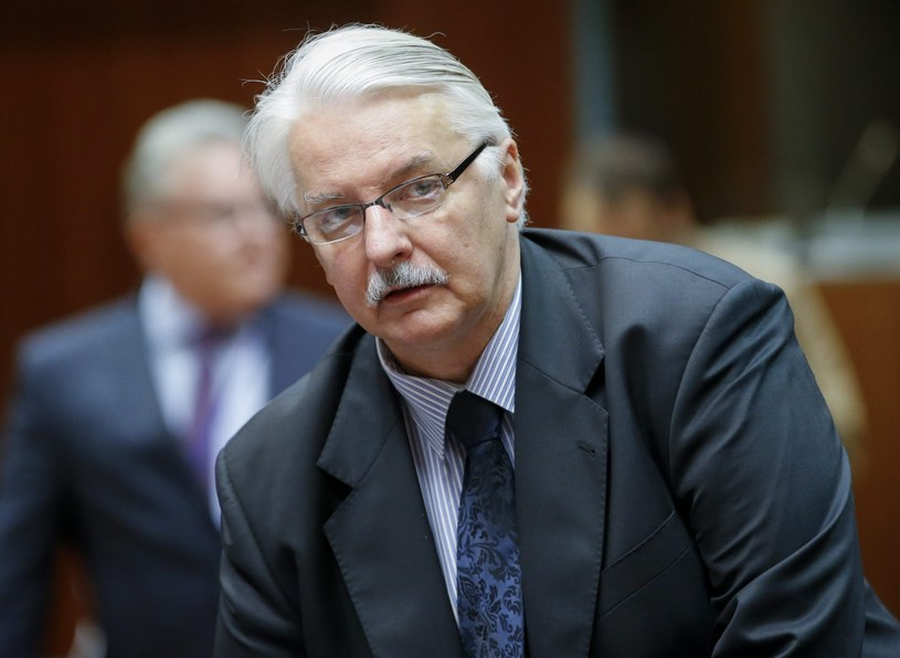 Witold Waszczykowski w Brukseli /OLIVIER HOSLET /PAP/EPA