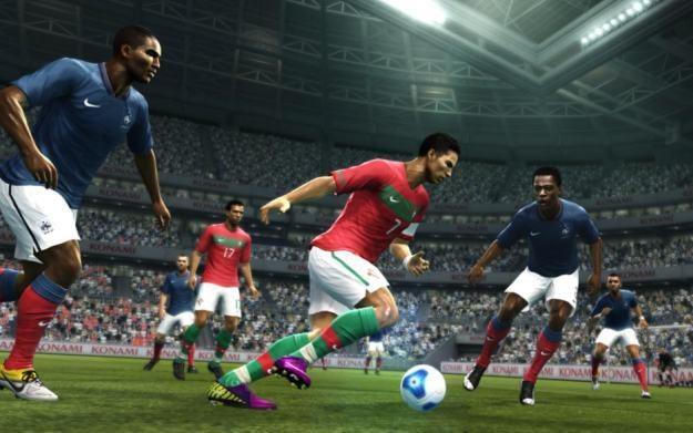 Wizerunek Cristiano Ronaldo, gwiazdy Realu Madryt, pojawi się na okładce Pro Evolution Soccer 2012 /Informacja prasowa
