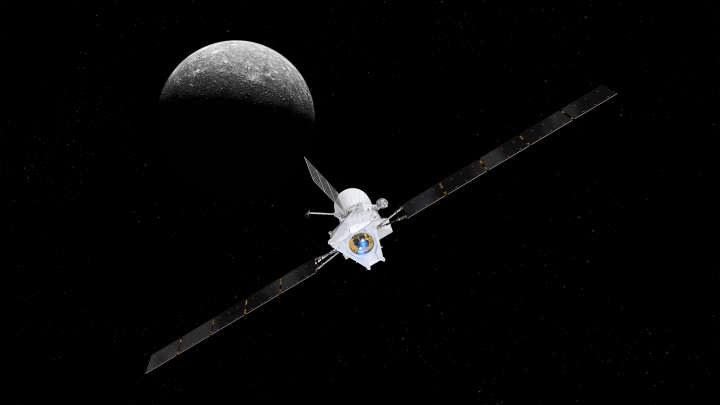 Wizja artystyczna sondy BepiColombo wchodzącej na orbitę Merkurego /materiały prasowe