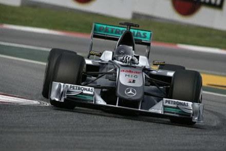 Wizualizacja nowego bolidu teamu Mercedes GP Petronas / kliknij /