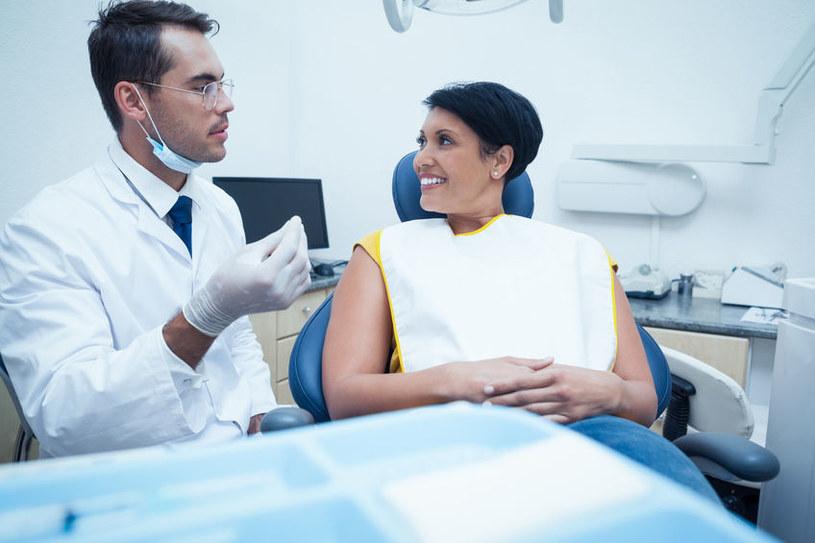 Wizyty u stomatologów wkrótce przestaną być potrzebne? /123RF/PICSEL