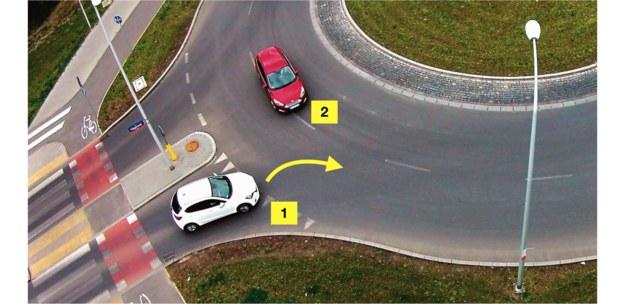 wjazd na rondo /Motor
