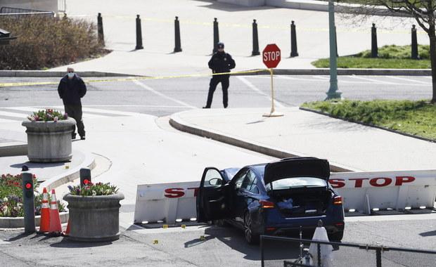 Wjechał autem w barykady pod Kapitolem. Sprawca ataku nie żyje