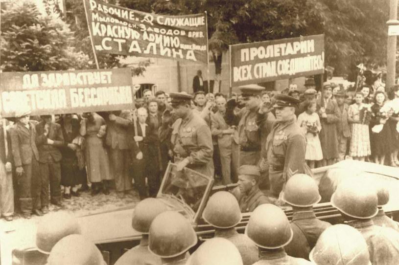 Wkroczenie wojsk radzieckich do Besarabii w 1940 roku /Wikimedia Commons /INTERIA.PL/materiały prasowe